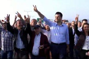 Nis protesta e opozitës/ PD dhe LSI bllokojnë 5 akse rrugore, Basha në Milot