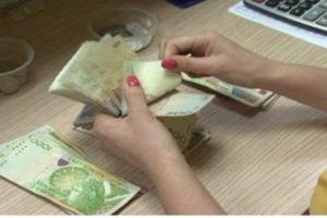 Shqiptarët paguhen 10 herë më pak sesa evropianët: 2,5 euro për 1 orë pune