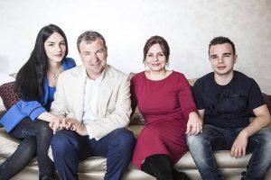 Vangjush Dakos dhe familjes së tij i ndalohet hyrja në Shtetet e Bashkuara