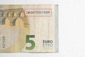 Kartëmonedha prej 5 euro që vlen sa 500, verifikoni mos e keni