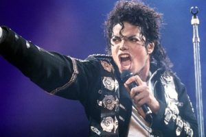 Ish e dashura e Michael Jackson thellon skandalin: Po, ishte pedofil!