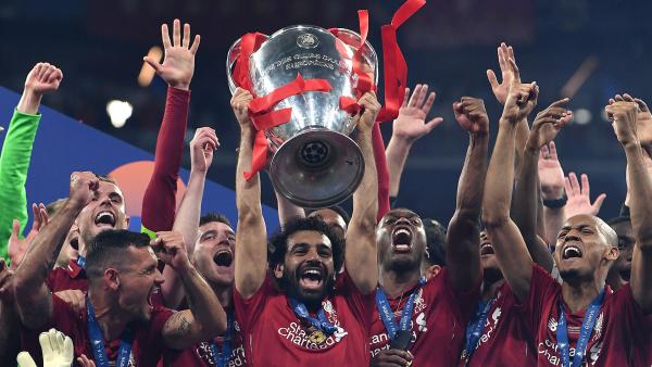 """Liverpool blindon egjiptianin , ofertë """"faranoike"""" për Salah"""