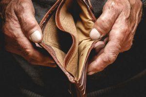 Kostot e jetesës/ Shqipëria bëhet më e shtrenjta në rajon, shqiptarët më të varfër