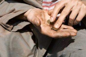 Varfëria/ Shqipëria asnjë përmirësim! Ja sa njerëz jetojnë nën kufirin minimal të jetesës