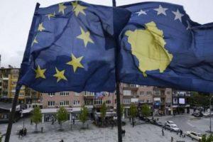 Zv.kryeministri paralajmëron 10 tërheqje të njohjeve, shtohet ankthi në Kosovë