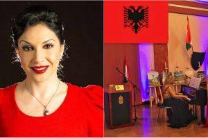 Mbrëmjet kulturore në Vlorë, sopranoja e mirënjohur Alisa Katroshi emocionon bashkëqytetarët e saj