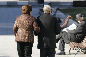 Shqipërisë po i shtohen pleqtë, në 10 vite ka 22% më shumë të moshuar mbi 85 vjeç