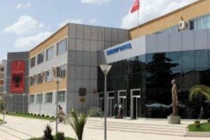 Nis viti i ri akademik/ Në Universitetin e Elbasanit mbyllen 11 degë, në Shkodër nuk regjistrohet asnjë student për fizikë