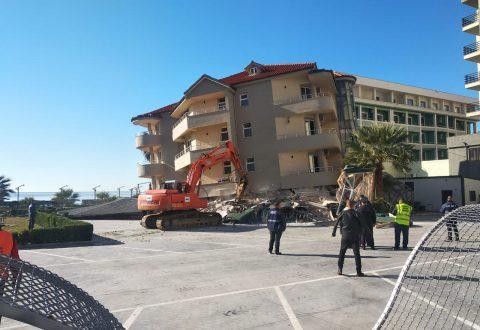 U dëmtua nga tërmeti i 26 nëntorit, nis puna për shembjen e hotelit në Durrës. Godina 4-katëshe e kthyer në gërmadhë