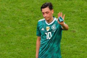 Anulohet transmetimi i ndeshjes pas kritikave të Ozil