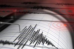 Grekët zgjohen nga tërmetet, dy lëkundje të forta shkaktojnë panik tek qytetarët