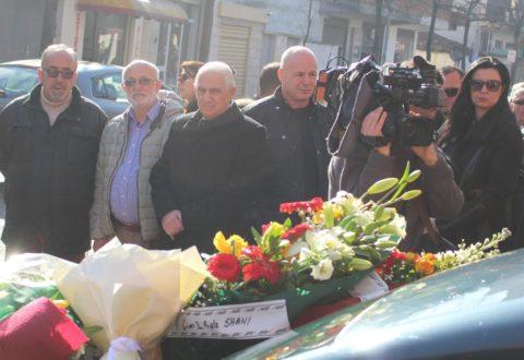 Arti në zi! Përcillet për në banesën e fundit aktori Xhevdet Ferri, familjarë dhe kolegët artistë i japin lamtumirën
