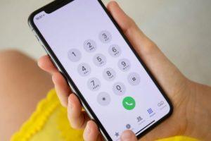 Rikthehen telefonatat mashtruese në celularë, ju marrin nga jashtë për t'ju vjedhur paratë