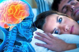 Sa minuta ju duhen për të fjetur – Kur duhet të shqetësoheni për problemet me gjumin