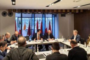 """""""Qeveria kujdestare nuk është çështje e tryezës"""", Gjiknuri: Nëse PD vjen në tryezë 'me këmbë në tokë', kompromisi për 'zgjedhoren' është shumë i arritshëm"""