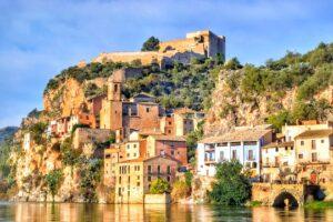 Shteti më i goditur në Europë nga COVID-19, Spanja nga korriku hap dyert për turistët e huaj