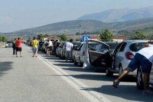 Greqia vendos të mbajë të mbyllur kufirin me Shqipërinë, ja deri kur…