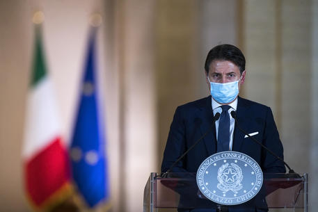 Italian Prime Minister, Giuseppe Conte, attends a press conference to present the new measures contained in the new Dpcm for the Covid-19 emergency, Palazzo Chigi in Rome, Italy, 18 October 2020. ANSA / ANGELO CARCONI / POOL