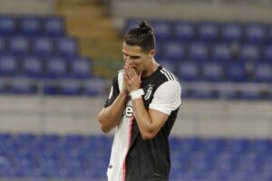 """'Theu rregullat e COVID-19"""", Ronaldo i përgjigjet ministrit italian pas zhvendosjes nga Portugalia në Torino"""