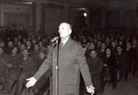 Nëse sot e kemi një kopje të Aktit të Pavarësisë, ajo është meritë e Lef Nosit! I pushkatuar nga komunistët në vitin 1946, ai ende nuk e ka një varr!