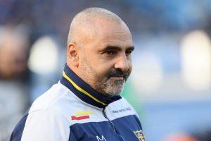 """ZYRTARE/ Humbje në kampionat dhe në vështirësi, klubi i Serisë A i thotë """"mirupafshim"""" trajnerit"""