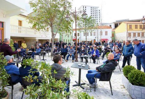 Banorët e Topanasë kanë qenë ndalesa e radhës së takimeve për drejtuesin politik të Partisë Demokratike të qarkut të Vlorës Bujar Leskaj.