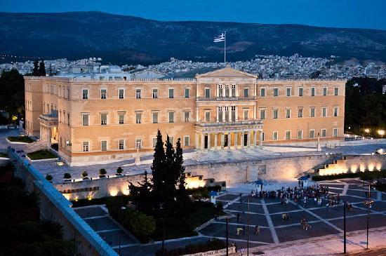 Covid-19 në Greqi/ Regjistrohen mbi 2 mijë e 300 raste të reja, ulet numri i viktimave në 24 orë