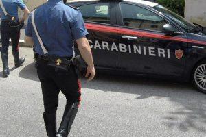 "VIDEO/ Fshihej brenda një bunkeri, arrestohet bosi i madh i ""Ndranghetas"", policia gjen mijëra euro"